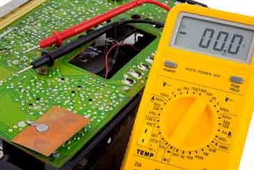Fault finding on a transistor circuit using a multimeter